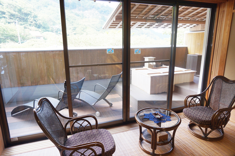湯の山温泉三峯園露天風呂付き客室かもしか