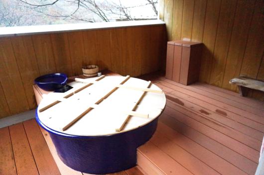 湯の山温泉三峯園 露天風呂付客室「御在所」宿泊記