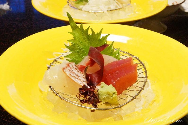 湯の山温泉寿亭の夕食、お部屋出しのメニューを紹介。