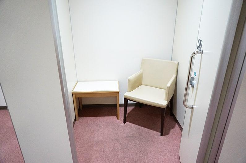 NEOPASA静岡下りを紹介。ベビールーム・授乳室・遊び場もあるSA。